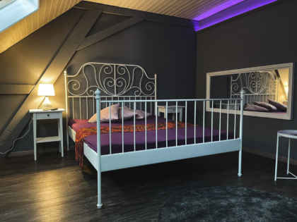 Zimmer b.1